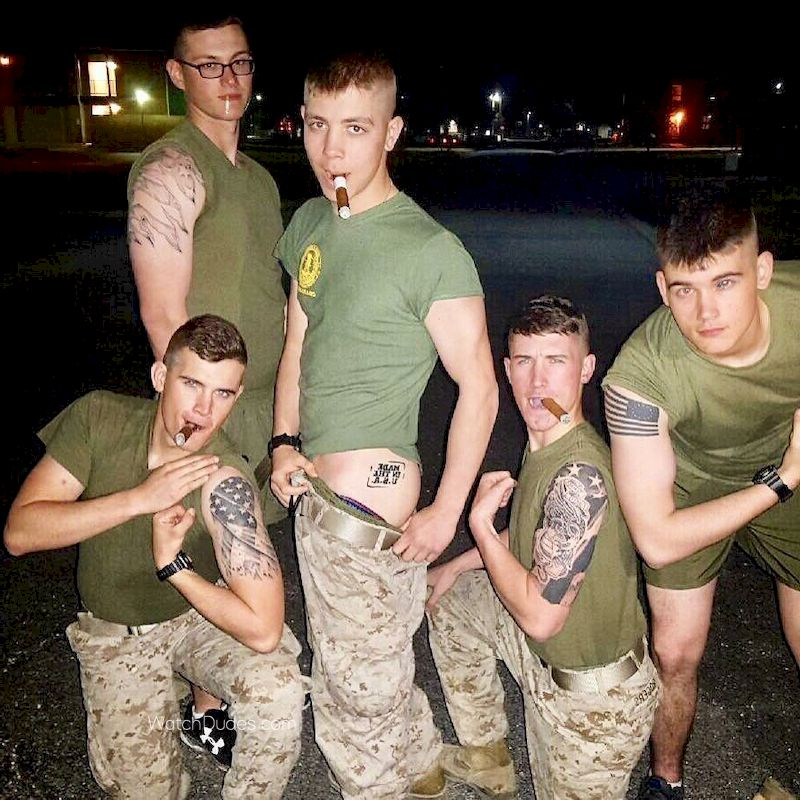 us army nude Army Opens an Investigation Into Allegations of Nude-Photo ...