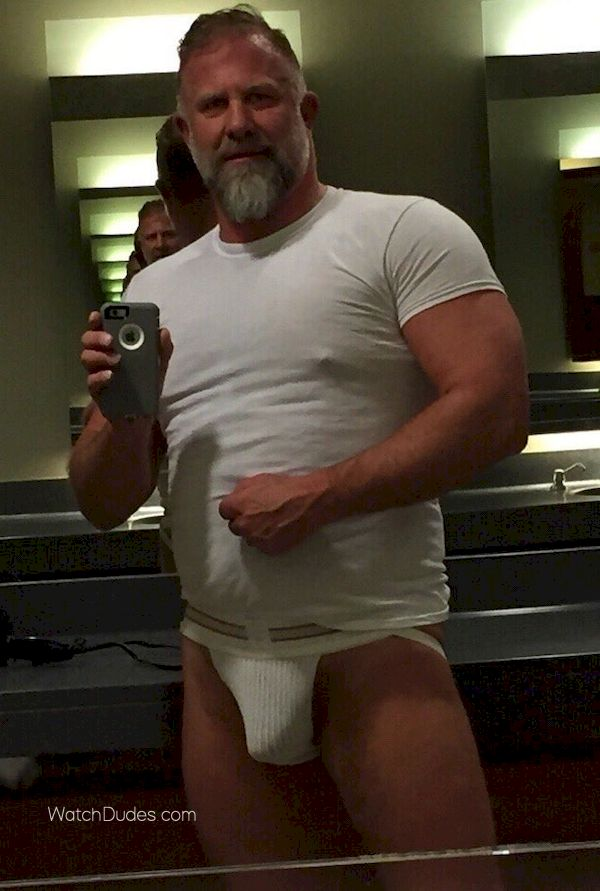 Big Chubby Bear Orgy - Free Porn Videos